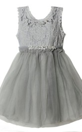 Sleeveless A-line Pleated Dress Lace Bodice