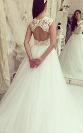 Elegant Tulle Lace Appliques Wedding Dress 2018 Bowknot Sweep Train