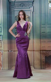 Romantic Satin V Neck Crystal Flora Pin Brush Train Special Occasion Dresses
