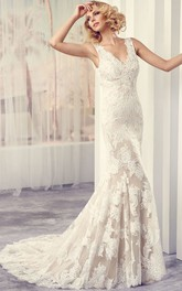 Maxi V-Neck Appliqued Lace Wedding Dress With Court Train And V Back