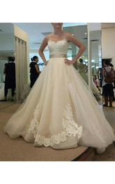 Charming Vintage Sweetheart Tulle Ruffles Lace Wedding Dress