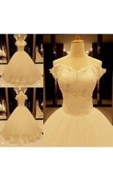 Stunning Off-the-Shoulder Tulle Lace Wedding Dress 2018 Ball Gown With Beadings