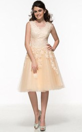 V-Neck Appliques Beaded Lace Knee-Length Prom Dress