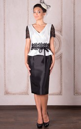 Knee-Length Pencil Short Sleeve V-Neck Appliqued Satin Mother Of The Bride Dress