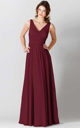 Maxi Sleeveless Ruched V-Neck Chiffon Bridesmaid Dress With Bow