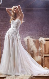 Exquisite Sweetheart Tulle Gown With Beaded Crystal Embellishment