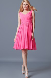 Stunning Sleeveless Pleated Knee Length Chiffon Dress