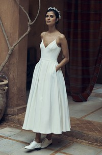 Sexy Chiffon Spaghetti Zippered Deep-V Back Wedding Dress with Pocket