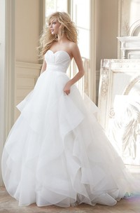 Gorgeous Sweetheart Neckline Tulle Ball Gown With Ruched Waist