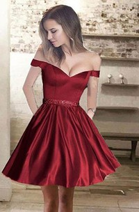 A-line Sleeveless Satin Off-the-shoulder Short Mini Homecoming Dress