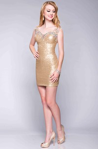 V-Neck Short Sheath Sequined Prom Dress With No Sleeve