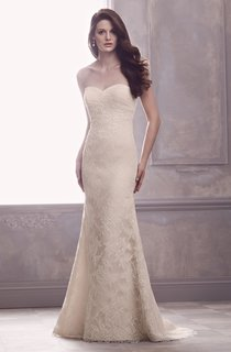 Sweetheart Lace Sexy Sheath With Low-V Back