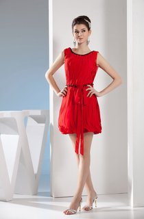 Sleeveless Short Ruched Beading and Dress With Ribbon