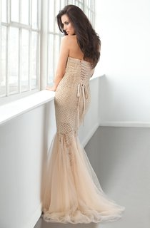 Mermaid Floor-Length Sweetheart Sleeveless Tulle Beading Ruffles Lace-Up Dress