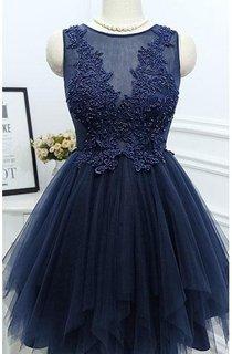 Simple A-line Pleated Short Lace Appliqued Dress