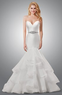 Sweetheart Mermaid Wedding Dress With Ruffled Skirt