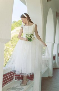 Tulle Tea Length Sleeveless Bateau Neck Dress With Beadings and Low-V Back