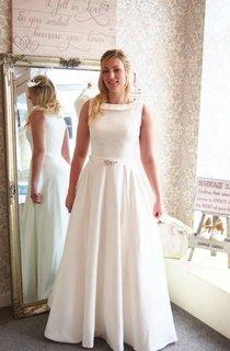 Satin Sleeveless A-Line Bateau Neck Dress With Beadings