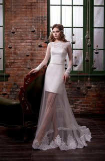 Sheath Floor-Length Scoop Long-Sleeve Illusion Tulle Dress With Appliques