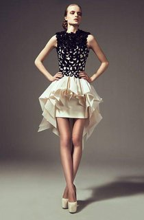 A Line Crew Neck Short Tiered Skirts Ruffles Party Gowns