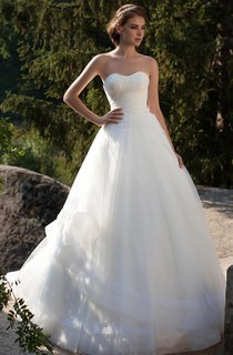 A-Line Long Sweetheart Sleeveless Lace-Up Tulle Dress With Side Draping And Beading