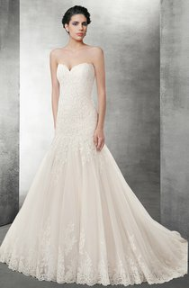Sweetheart Mermaid Lace Wedding Dress With Lace Up Back
