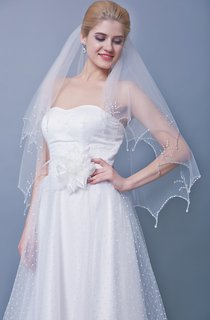 Two Tier Beaded Scallop Edge Mid Veil