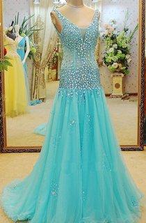 Glamorous V-neck Beadings A-line Prom Dress 2016 Sweep Train