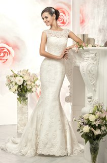 Mermaid Long Bateau Cap-Sleeve Illusion Lace Dress With Appliques
