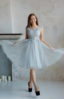 A-Line Knee-Length Jewel Short Sleeve Tulle Pleats Appliques Low-V Back Dress