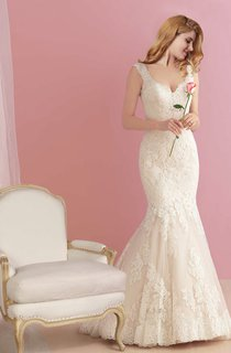 Mermaid Backless Lace Wedding Gown