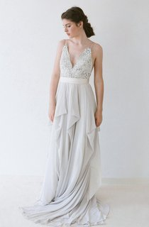 V-Neck Sleeveless Pleated Chiffon Dress With Back Bow