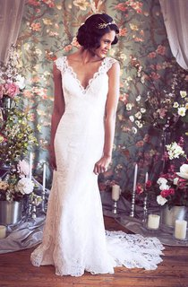 Mermaid Lace V-Neck Cap Sleeve Gown With Illusion Back