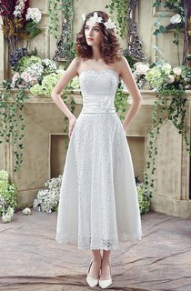 Delicate Lace Flower Strapless 2016 Wedding Dress A-line Sleeveless Lace-up