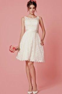 Enchanting Sleeveless Knee Length Lace Dress With Pleats