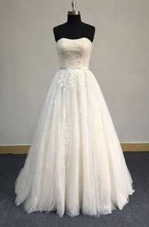 Strapless A-Line Tulle Dress With Lace Appliques and Lace-Up Back