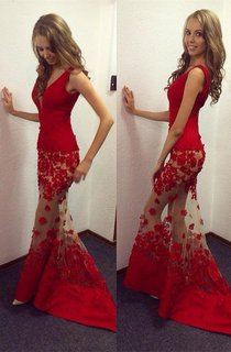 Sexy Red V-Neck Mermaid 2016 Prom Dresses Sheer Skirt Long Lace