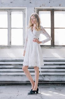 Crisscross V-Neck A-Line Long Sleeve Short Lace Dress With Back Bow
