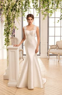 Mermaid Long Scoop Sleeveless Illusion Satin Dress With Appliques