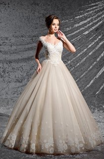 Ball Gown Long V-Neck Cap-Sleeve Keyhole Organza Dress With Appliques And Pleats