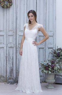 A-Line Mini V-Neck Bell Cap Sweep Train Backless Tulle Lace Dress