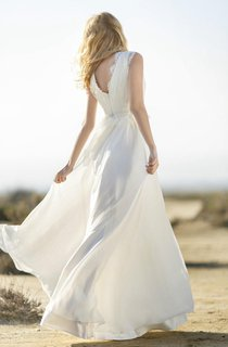 Lace and Chiffon V-Neck Sleeveless Dress With Low-V Back