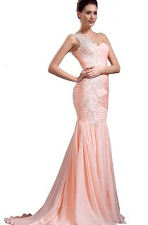 One-shoulder Trumpet Gown With Pleats and Appliques