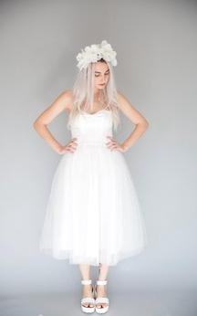Tea Length Sweetheart A-Line Tulle Dress With Pleats