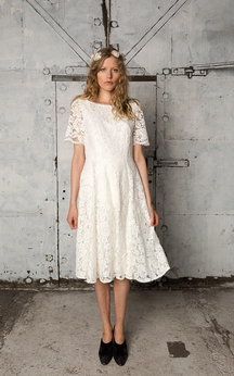 Short Sleeve Lace Knee Length A-Line Dress With Low-V Back