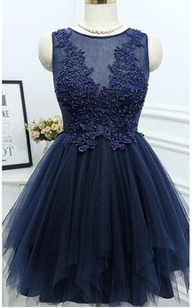 Simple A-line Pleated Short Lace Appliqued Dress