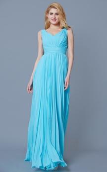 Sleeveless V Neck Pleated Long Chiffon Dress