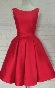 Sleeveless Knee Length Red Bow Back Satin Dress