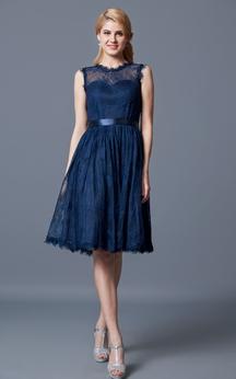 Sleeveless Illusion Jewel Neck Pleated Short Lace Dress