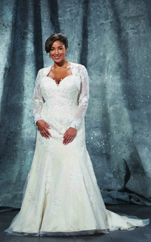 A-Line Floor-Length Sweetheart Long Sleeve Lace Sweep Train Lace-Up Back Appliques Dress